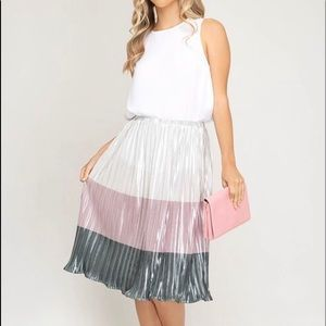 Dresses & Skirts - Metallic Pleated Midi Skirt Pink & Grey Tones